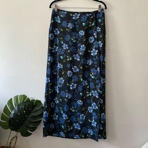 Heart Soul wrap maxi skirt  size M